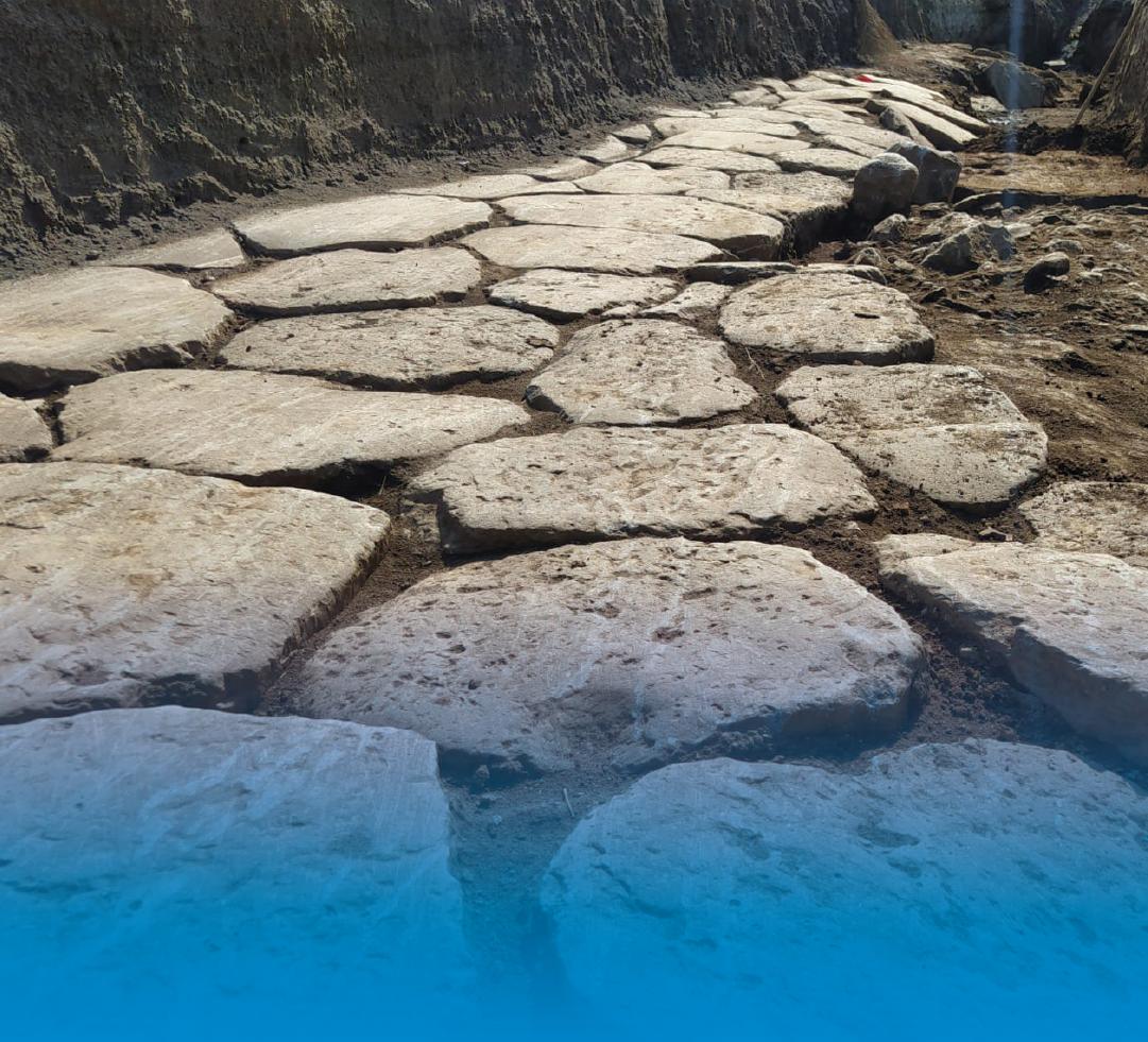 Ritrovati durante i lavori Italgas ad Anguillara Sabazia due tratti dell'antica via Clodia